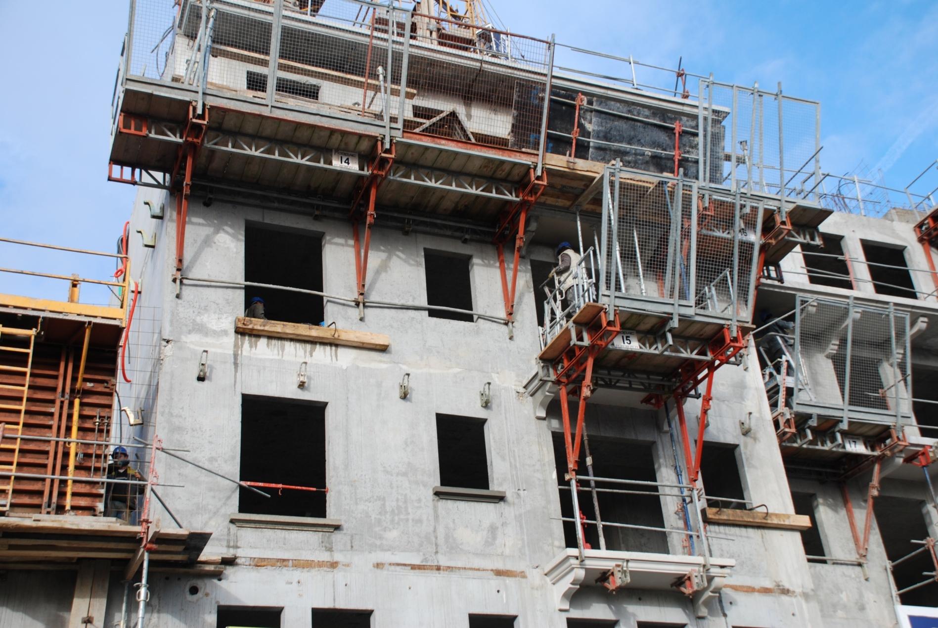 Le b timent en france 3 4 en 2017 et 410 000 for Batiment en construction